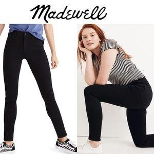 Madewell Roadtripper Skinny Jeans in black